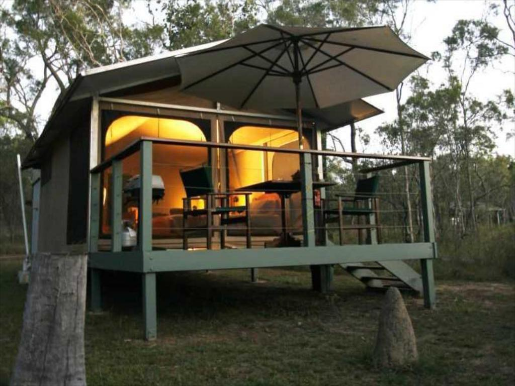 Single Standard With Breakfast Jabiru Safari Lodge