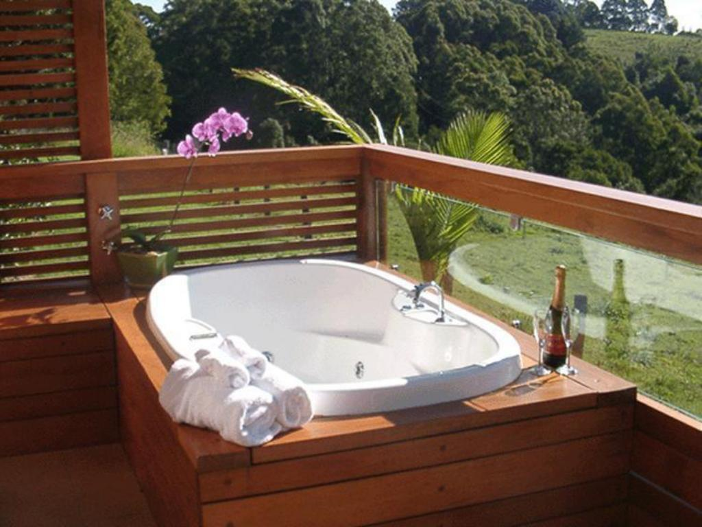 The Cabana Spa Cabin SummerHills Retreat Byron Bay