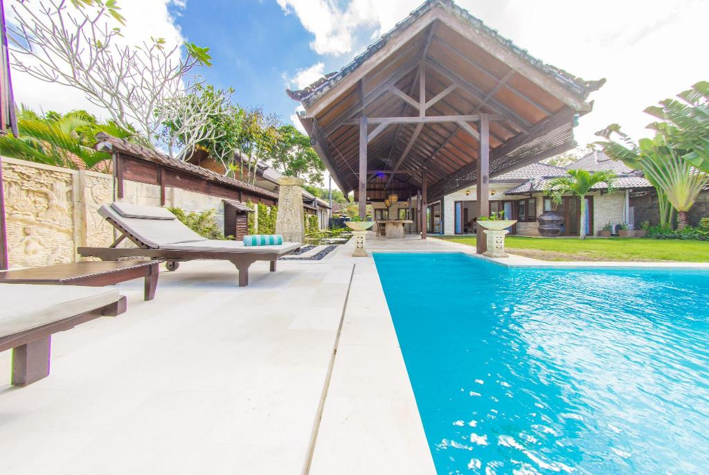 Swimming pool [outdoor] Bahagia Villas Ungasan