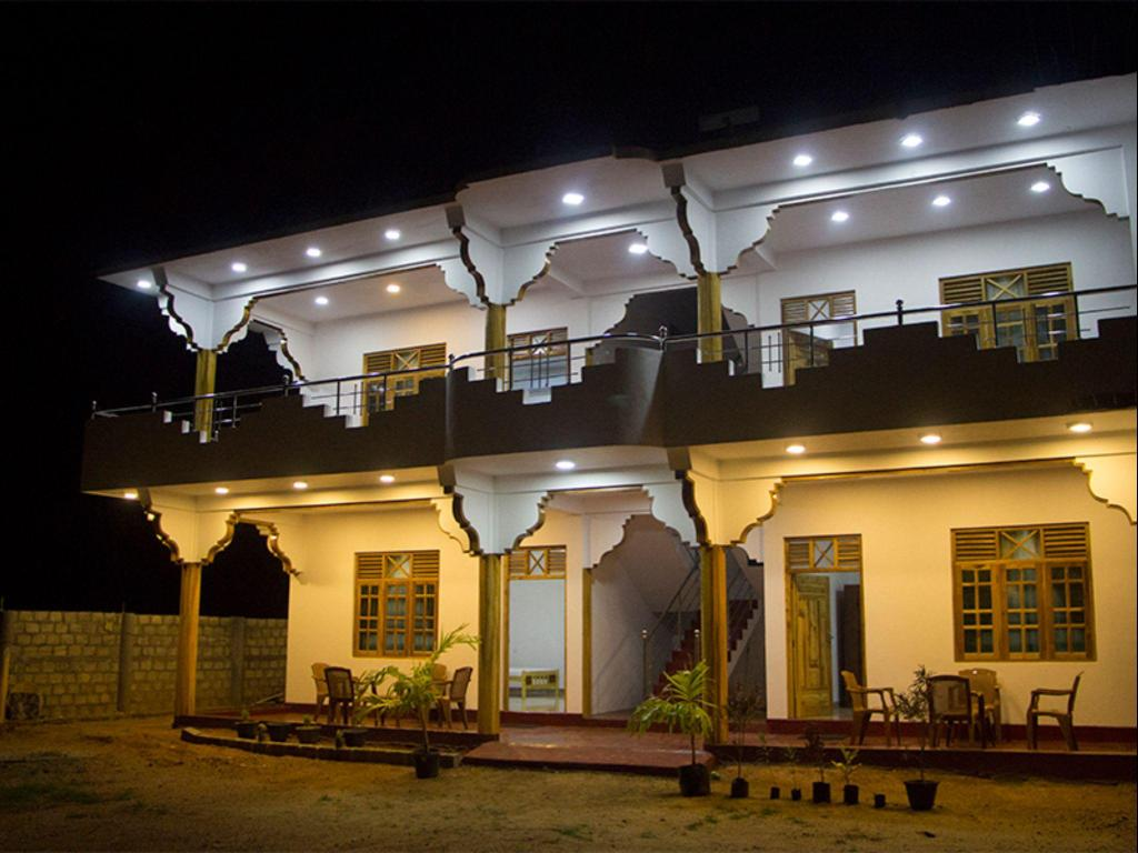 Nilveli star view hotel