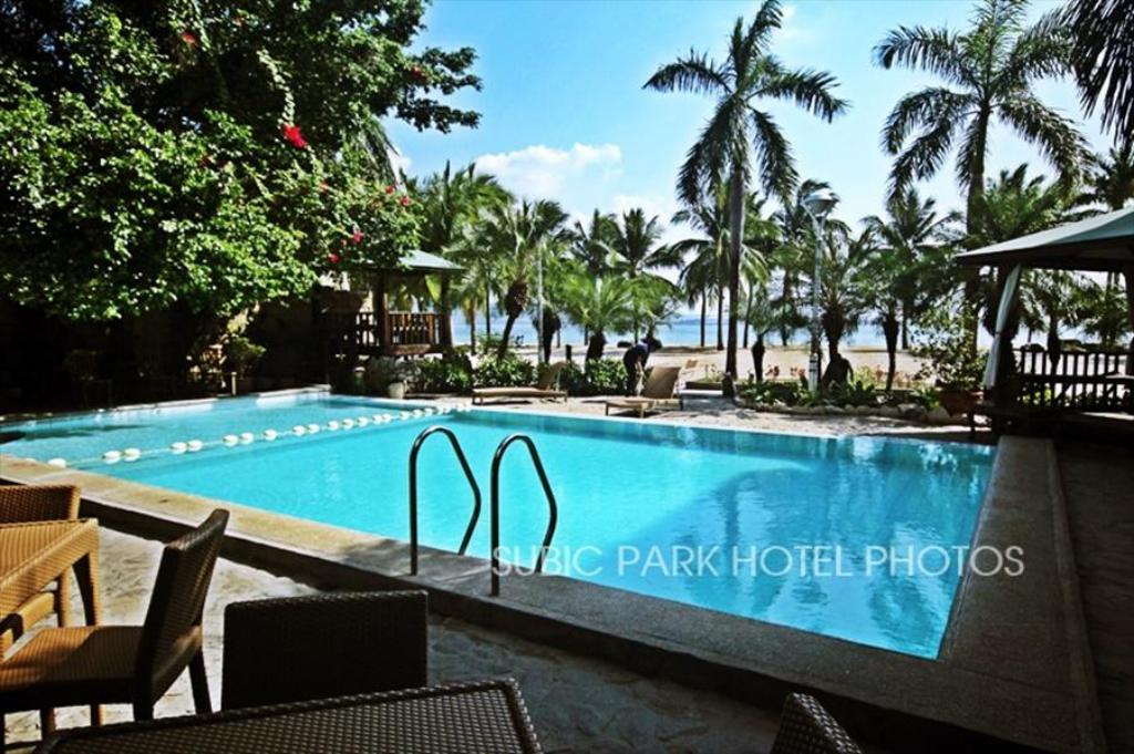 Best price on subic park hotel in subic zambales reviews for Subic resorts with swimming pool