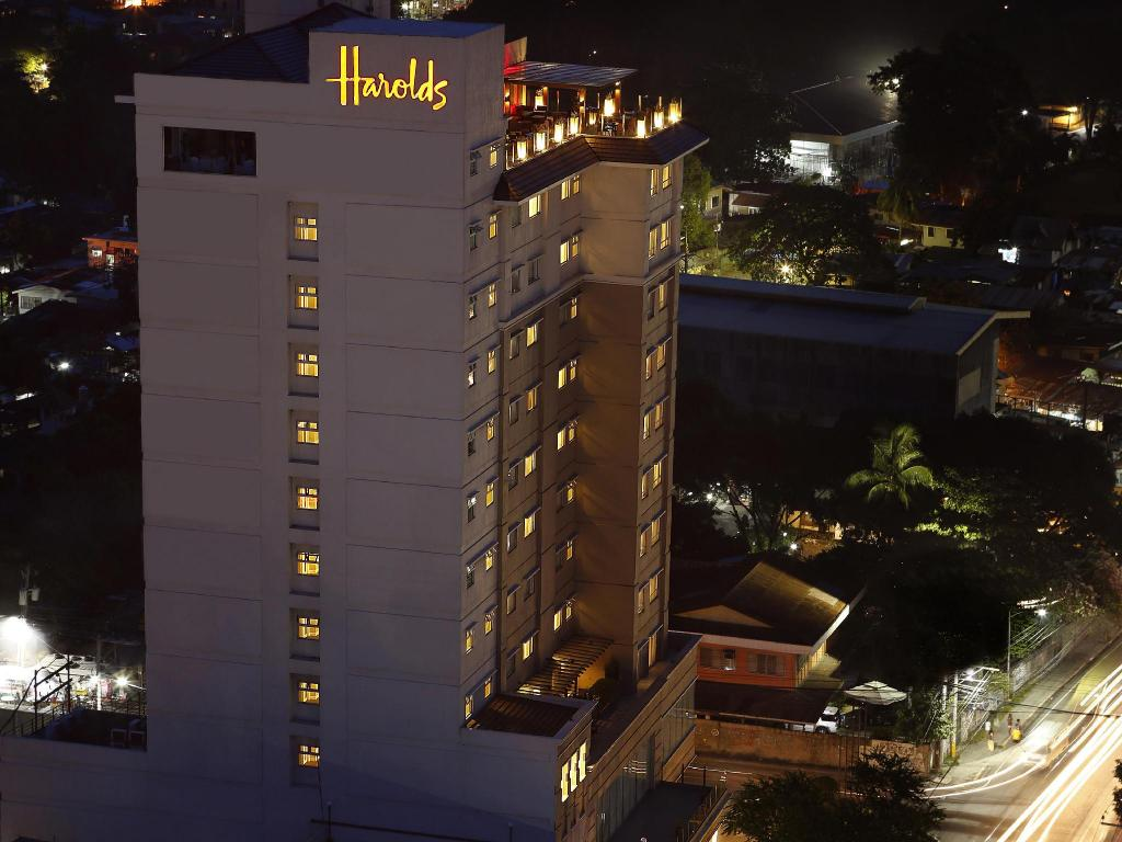 More about Harolds Hotel