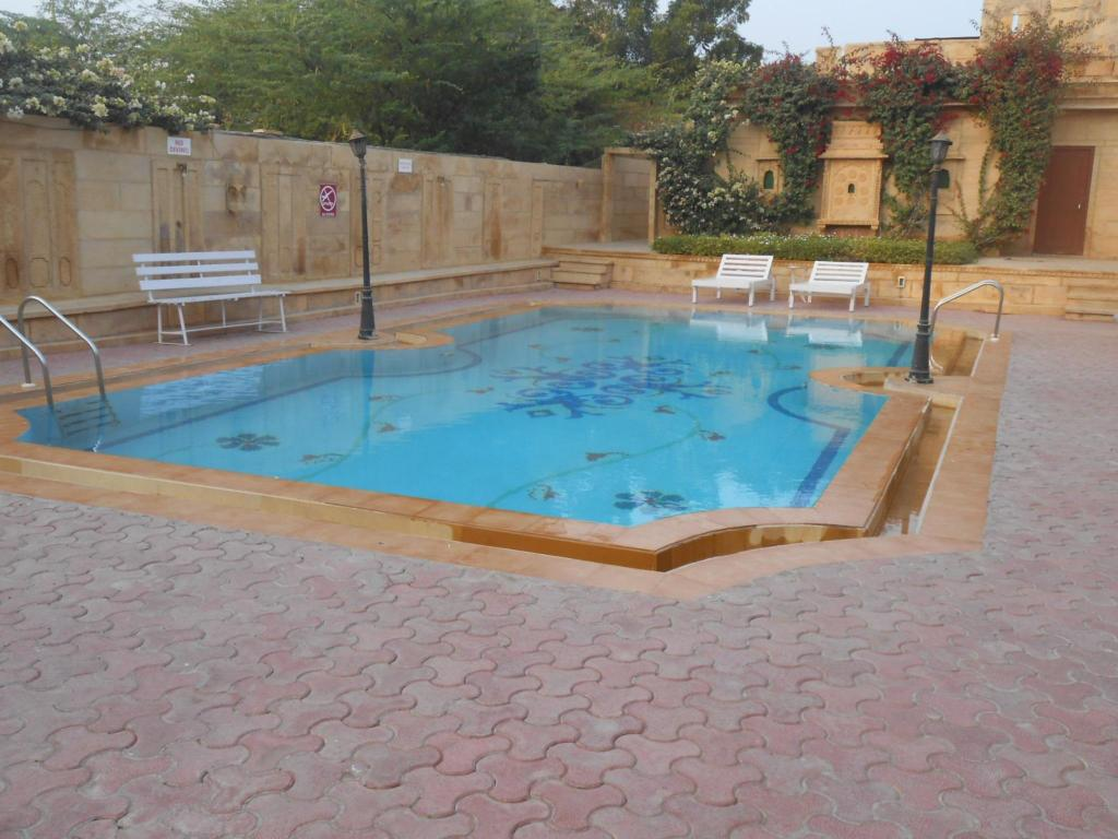 Welcomheritage mandir palace in jaisalmer room deals - Jaisalmer hotels with swimming pool ...