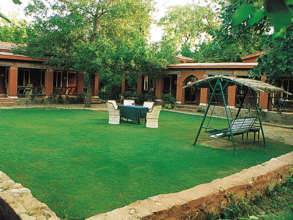 Giardino WelcomHeritage Maharani Bagh Orchard Retreat