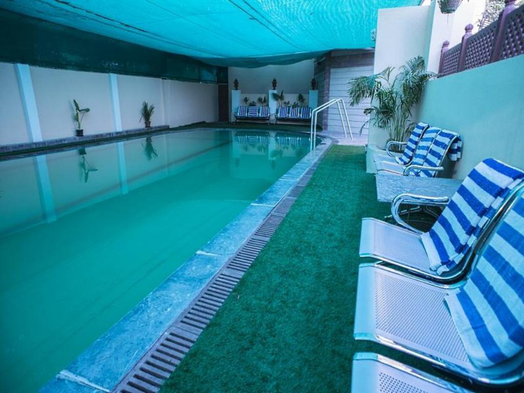 Hotel Jaipur Palace In India Room Deals Photos Reviews