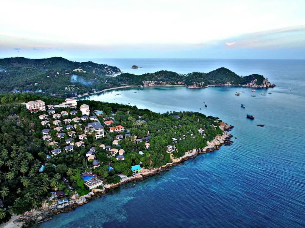 More about Pinnacle Koh Tao Resort