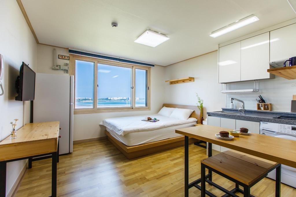 Standard - Double - Guestroom B&Sun pension