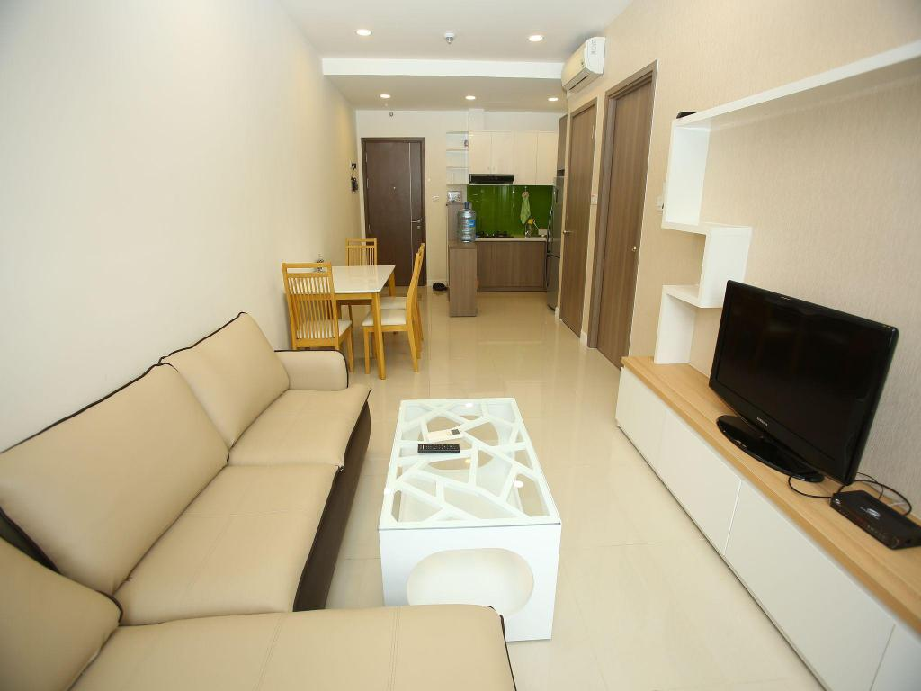 Linh Tran Apartment 4 in Icon 56