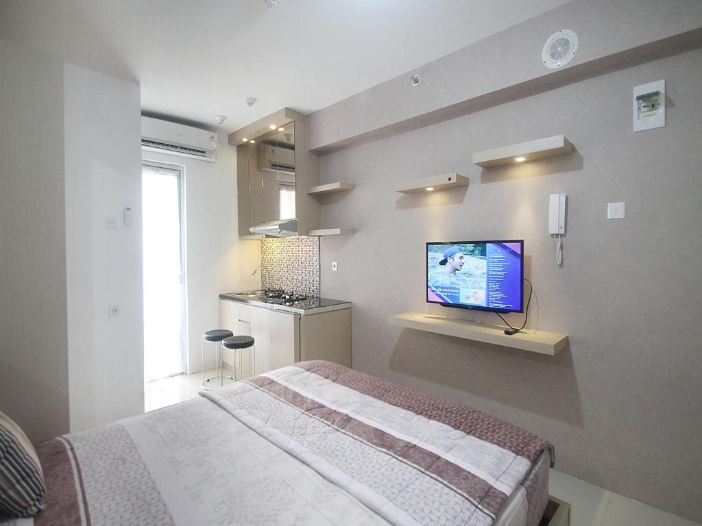 Guestroom Bassura City Studio Executive 1 by Mediapura