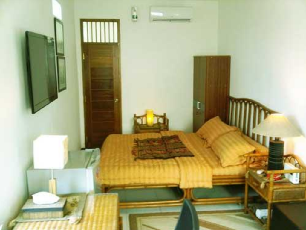 Studio Flamboyan Residence Room 3 (Muhrim Only)