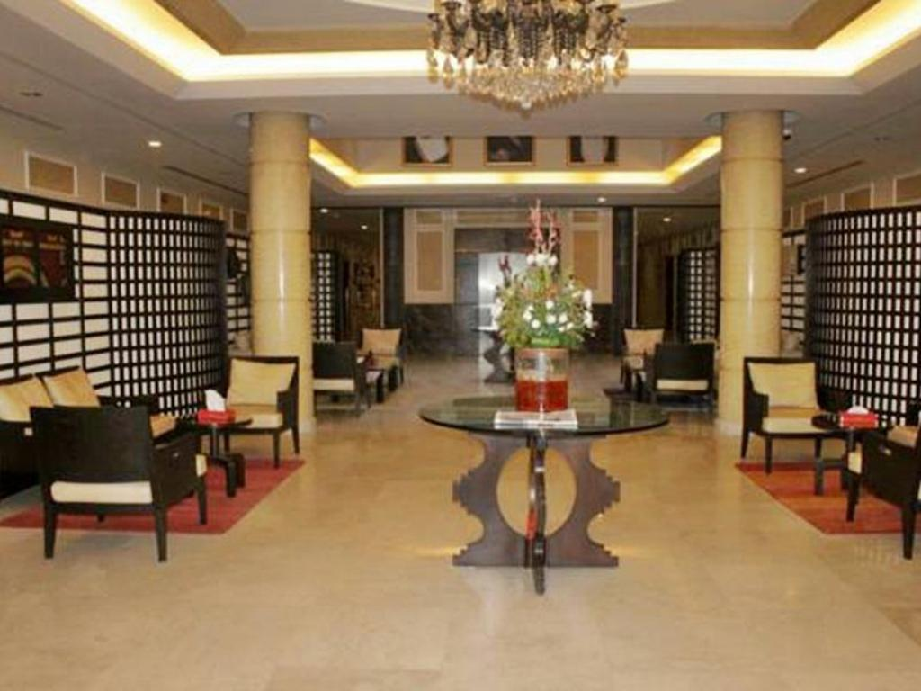 Foyer Rest Inn Hotel Suites Dabab