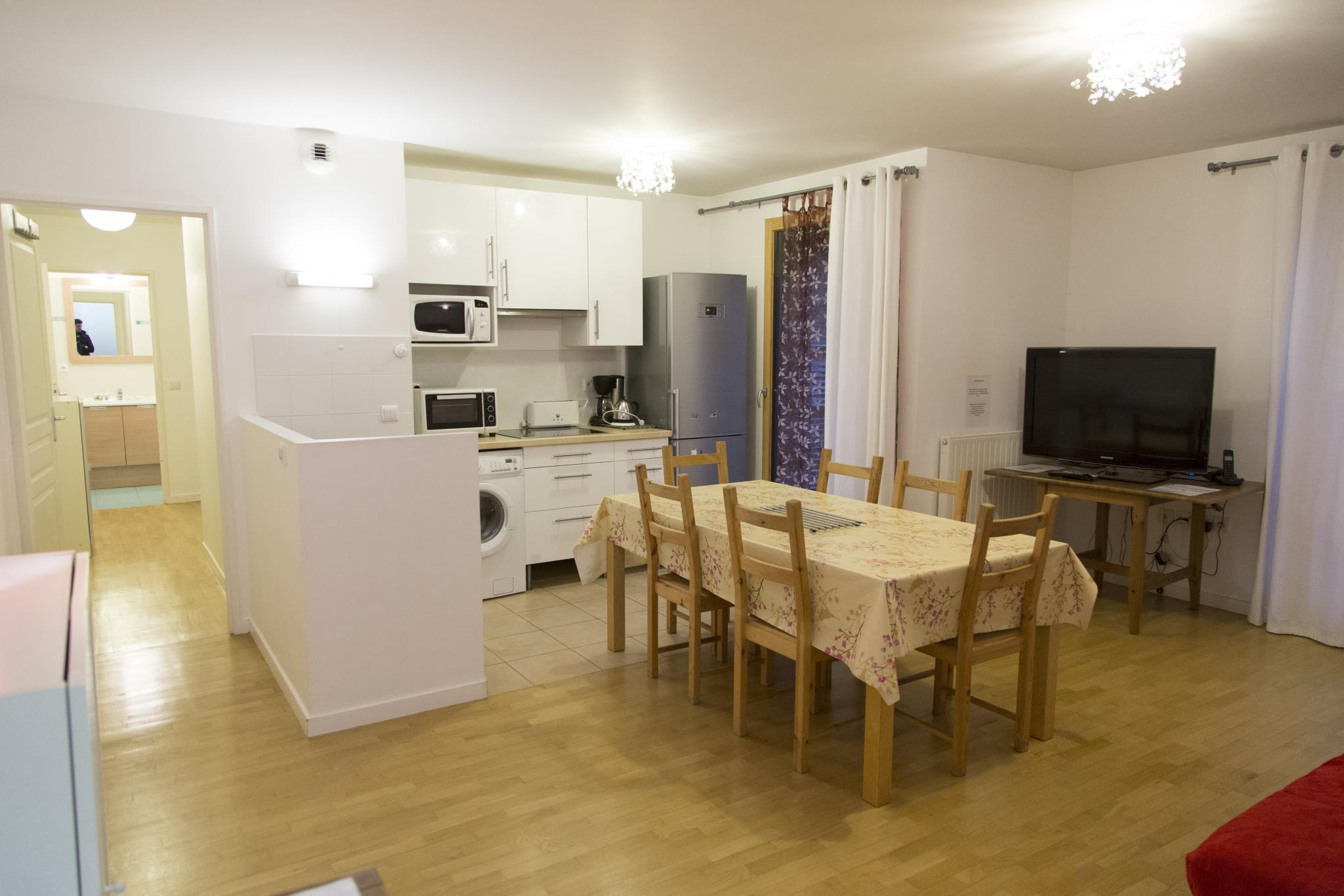 Apartament clàssic- Rue Marcel Bontemps (6 adults) (Classic Apartment - Rue Marcel Bontemps (6 Adults))