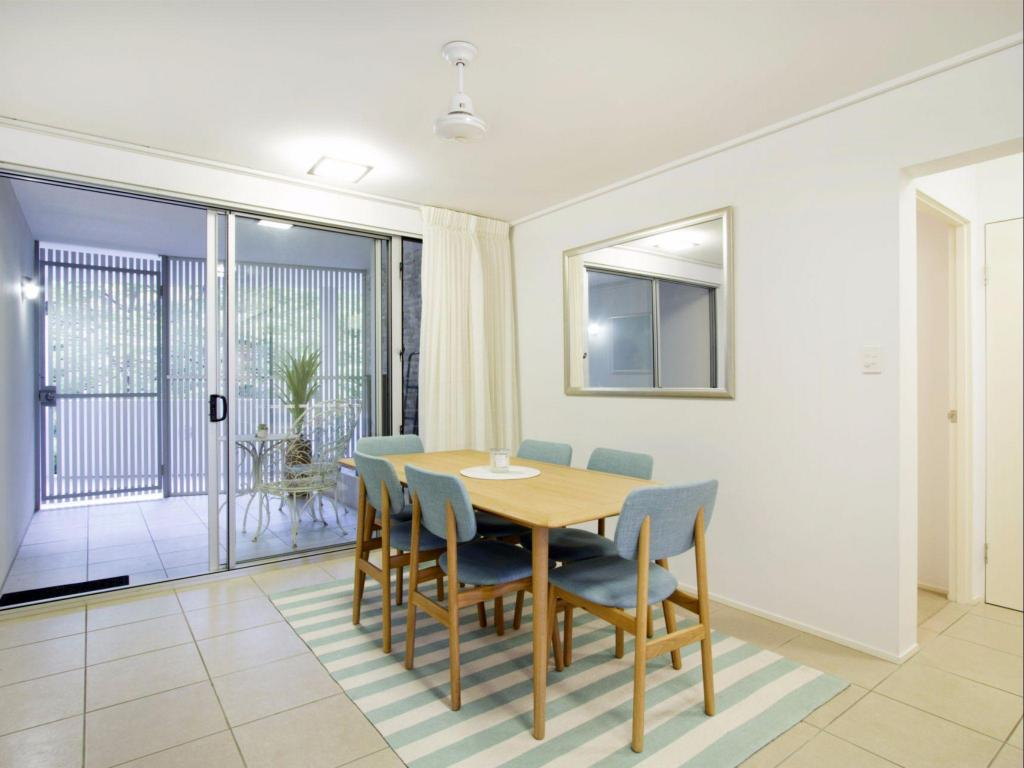 Dining room/area Tranquility Luxury 2 Bedroom Apartment
