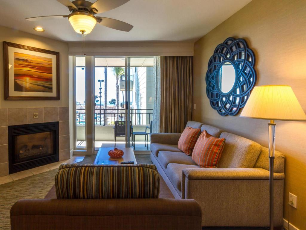 Carlsbad Seapointe Resort in Carlsbad (CA) - Room Deals, Photos ...