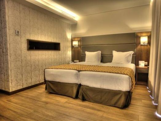 Double Room with Valentine's Package