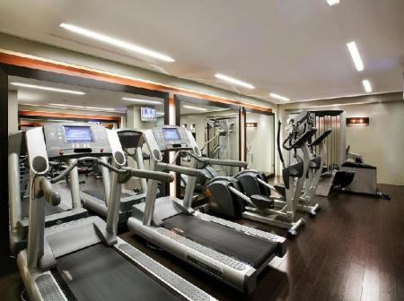 Fitness center Majestic Residence