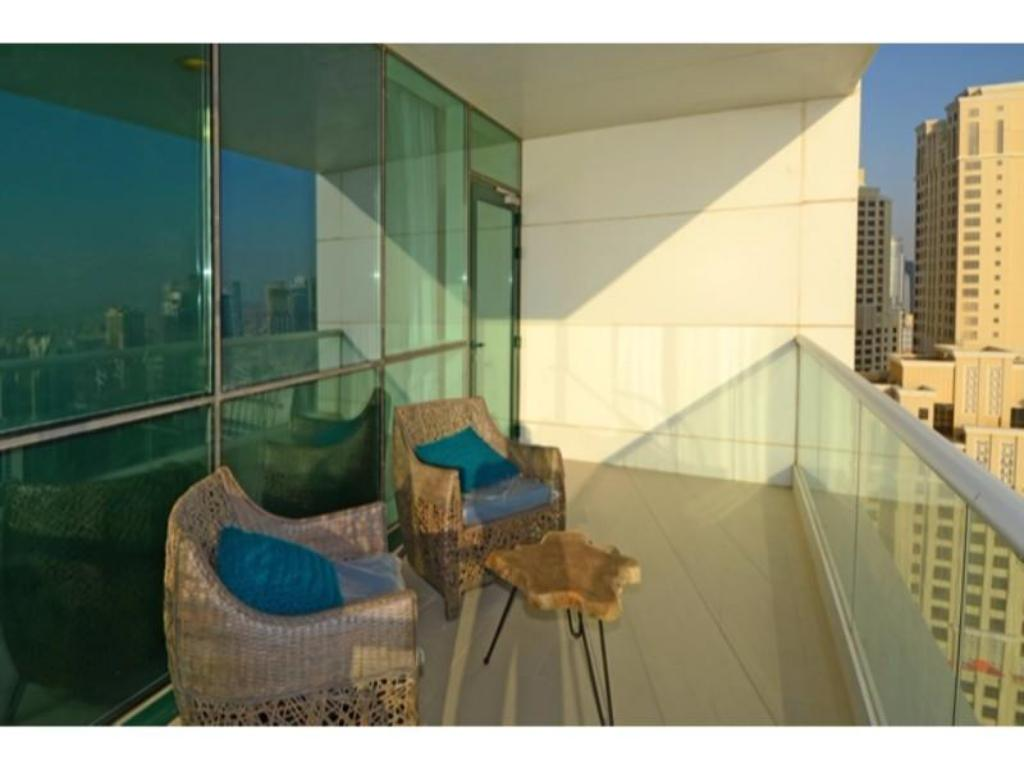 Балкон JBR Walk 3Bedrooms at Al Bateen