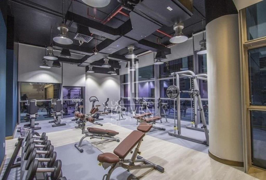 Fitness center Driven Holiday Homes Elegant Studio Central Park