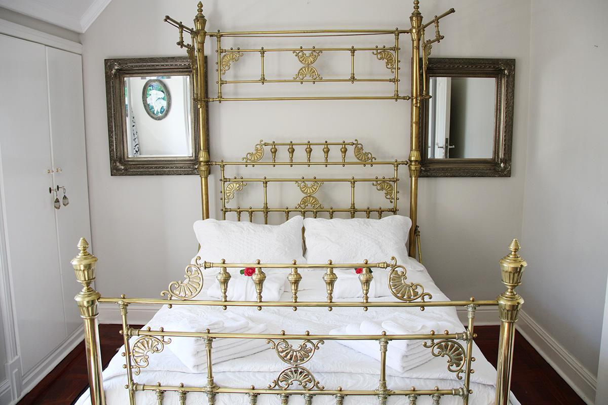 Suite with 1 Queen bed