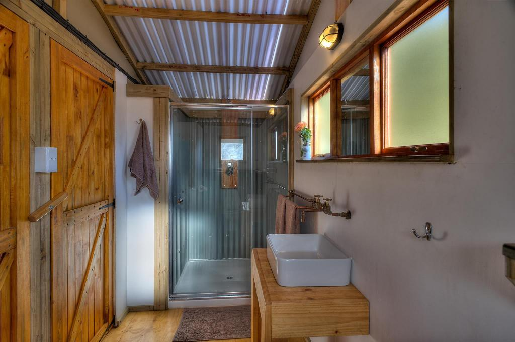 Baño AfriCamps at Stanford Hills