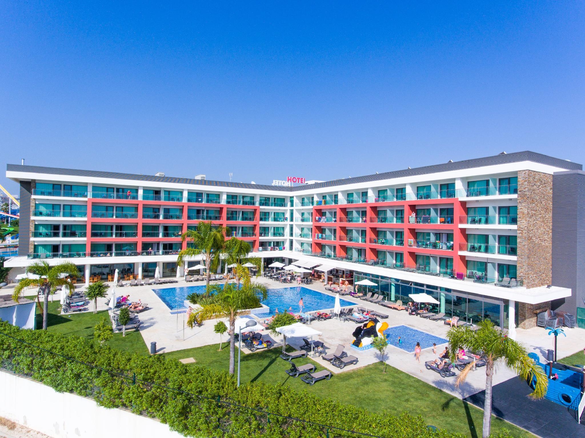 Aquashow Park Hotel In Quarteira Room Deals Photos Reviews