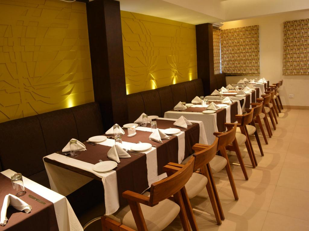 Hotel Krrish Inn Best Price On Krrish Clarks Inn In Patna Reviews