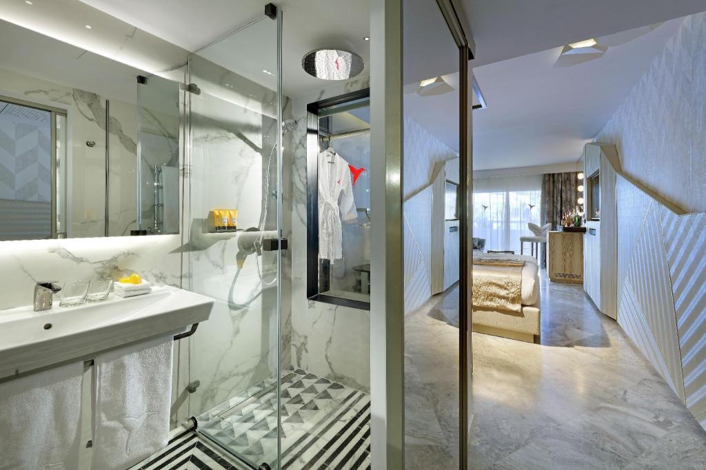 Ushuaia Lounge Stoel.Ushuaia Ibiza Beach Hotel Adults Only In Spain Room Deals