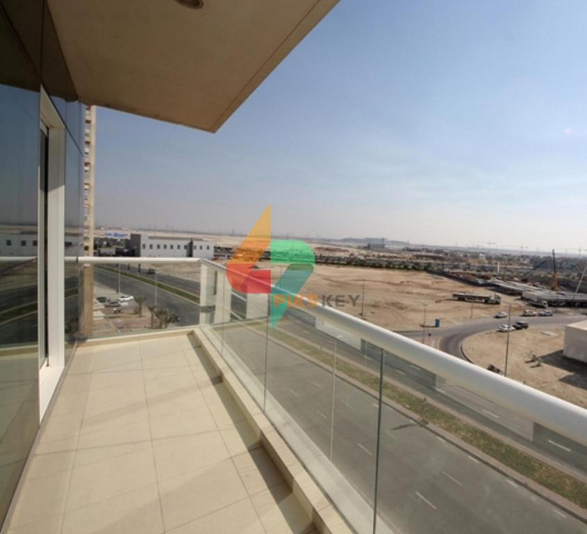 Balcony Business Bay One Bedroom Mayfair Residency