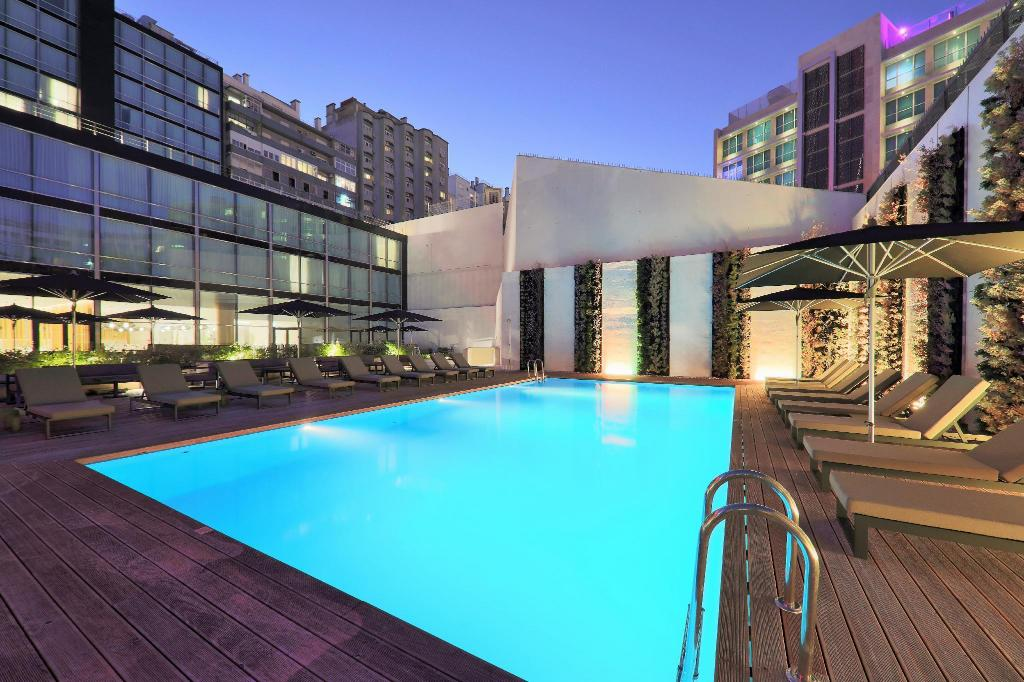 Iberostar lisboa in lisbon room deals photos reviews - Hotels in lisbon portugal with swimming pool ...
