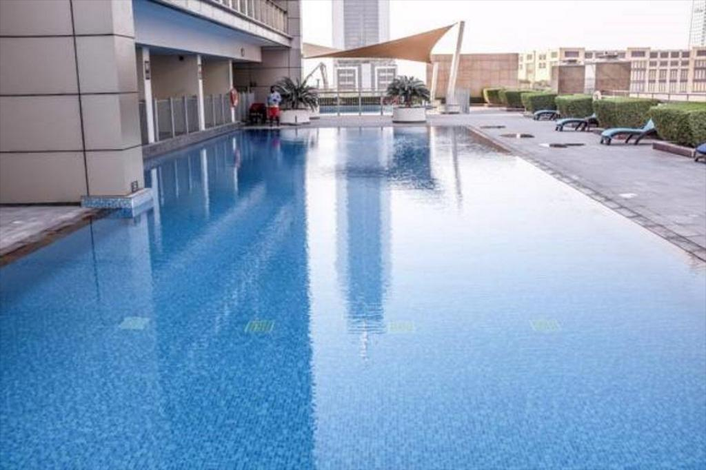 Swimming pool Elite Holiday Homes 8 Boulevard Walk Downtown