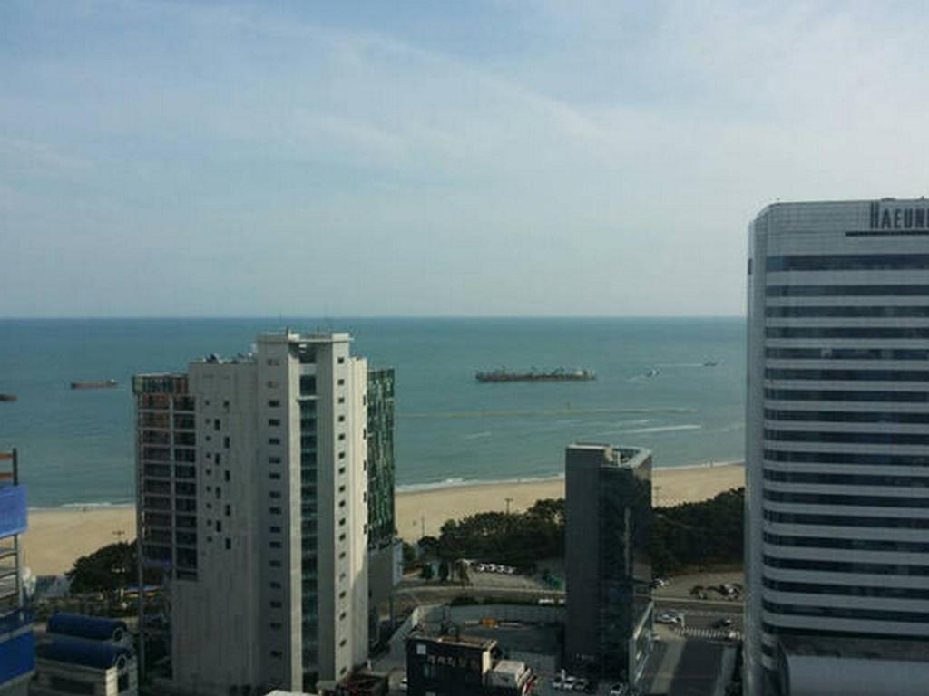 1 Bed Room Apartment - Aerial view Haeundae Stay 5