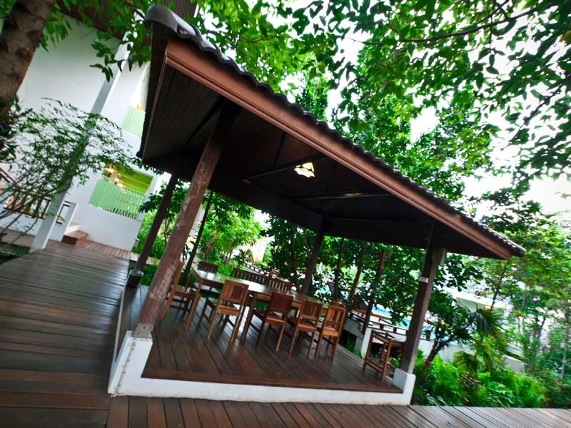 tree house hotel sisaket from 14 save on agoda rh agoda com