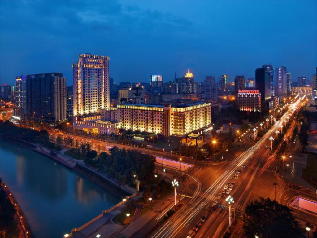 More about Jinjiang Hotel East Building