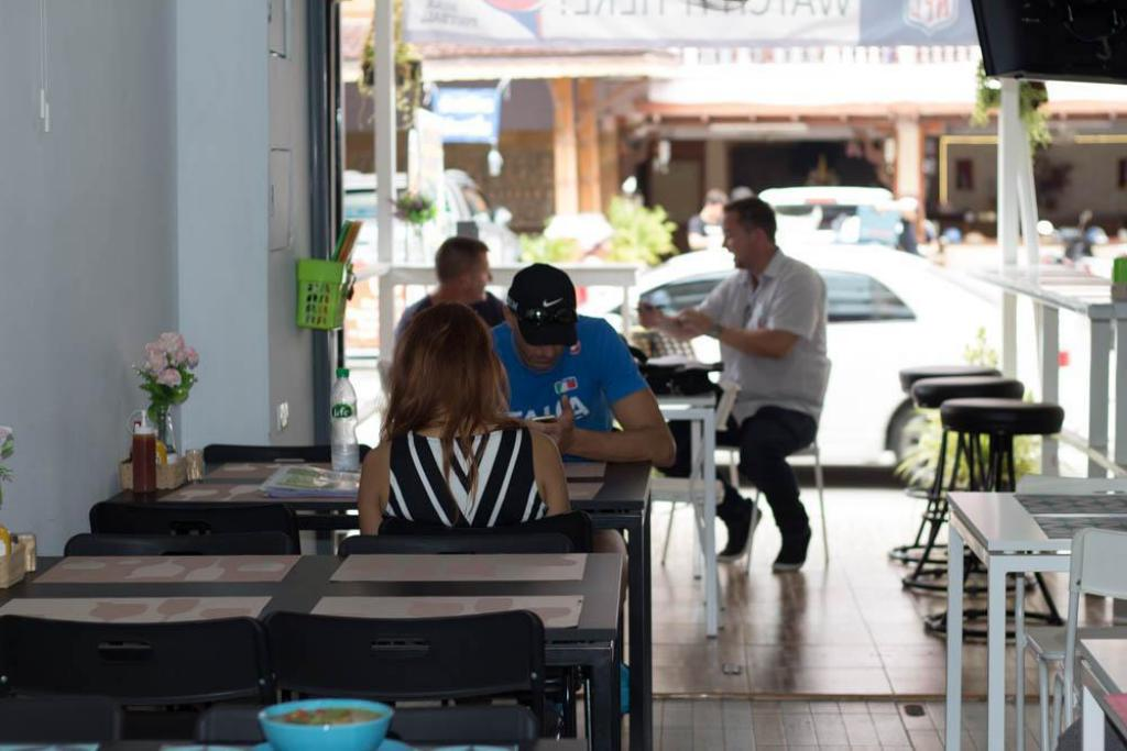 StarMax Guest House in Pattaya - Room Deals, Photos & Reviews