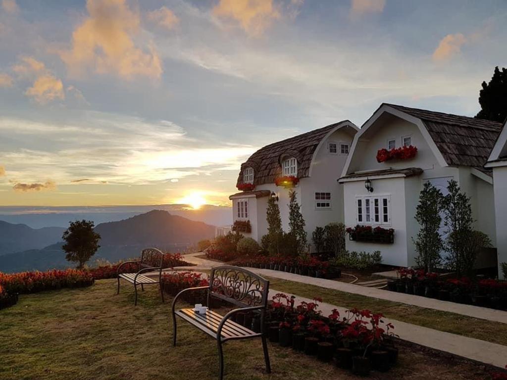 Moon Light Chateau Resort Khao Kho Deals Photos Reviews