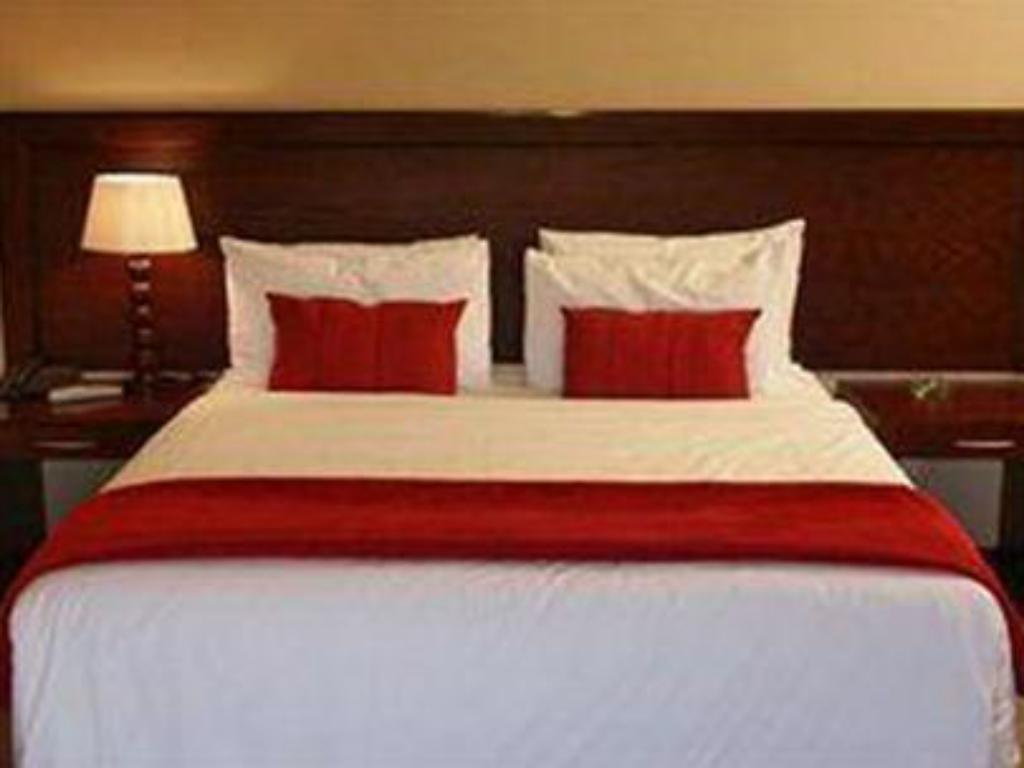 Quarto Standard - Cama The Lakes Hotel and Conference