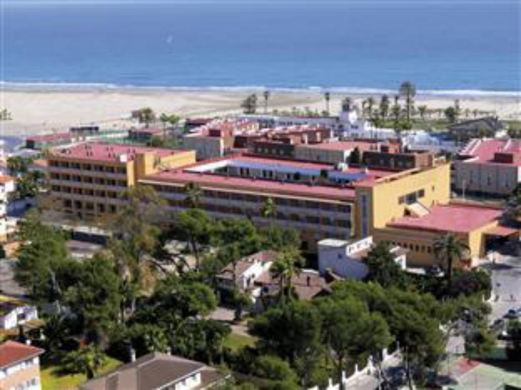 More about Hotel del Golf Playa