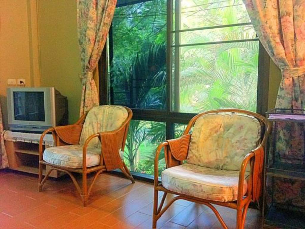 Interior view Bungalow Khun Pa