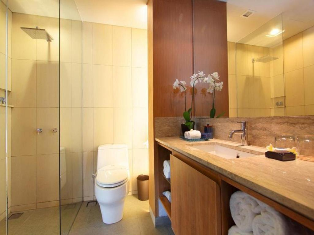 Bathroom The Oasis Lagoon Sanur