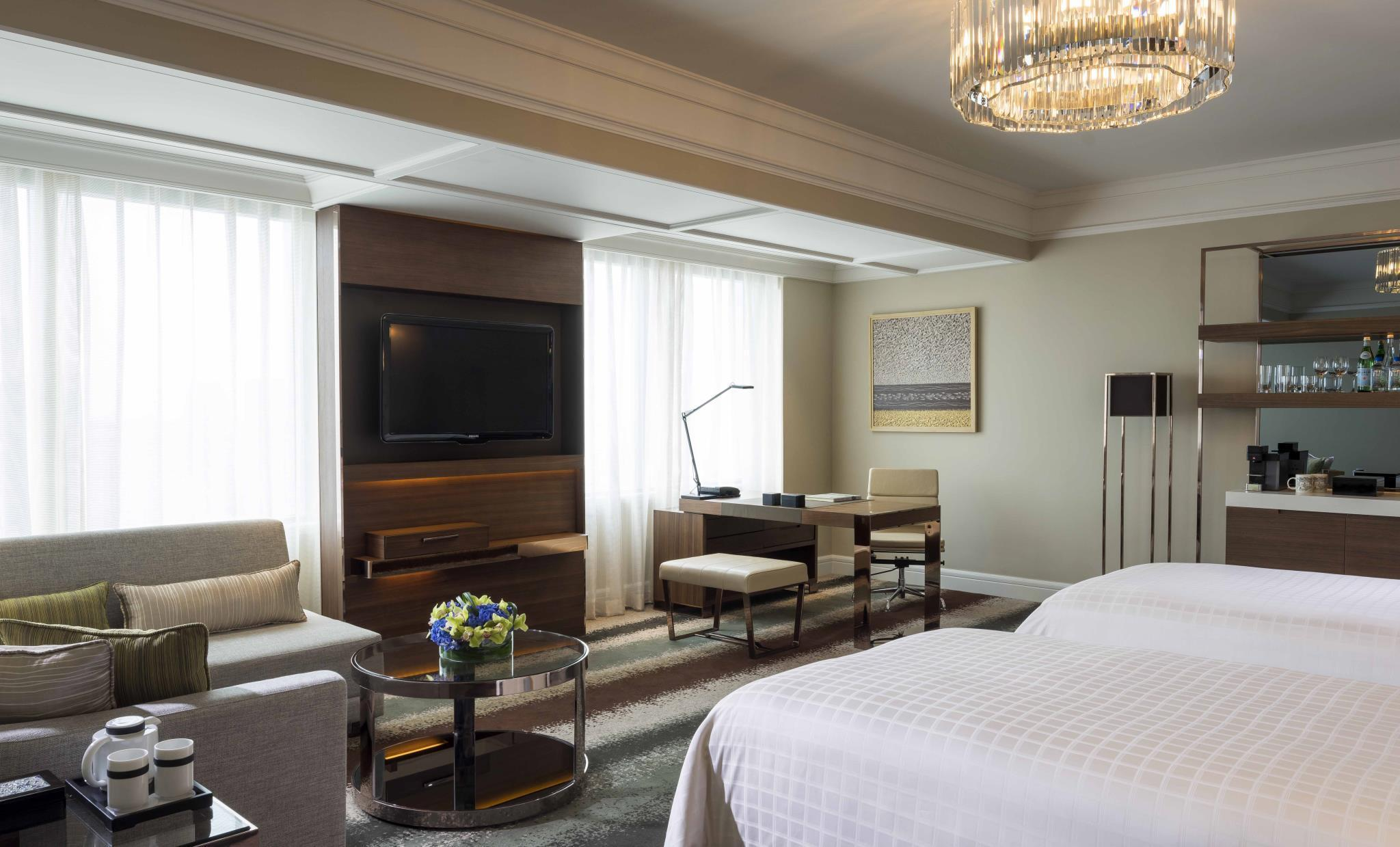 Grand Premier Room with 2 Twin Beds
