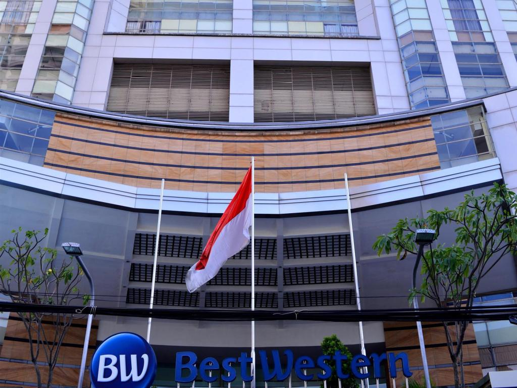 Exterior view Best Western Mangga Dua Hotel and Residence