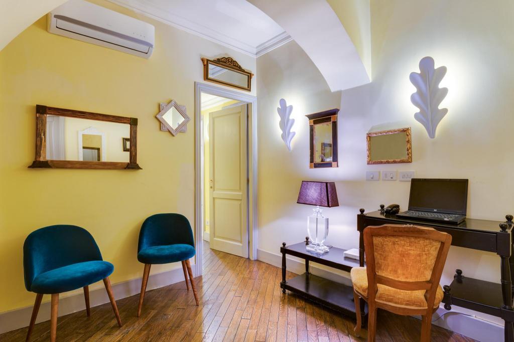 Casa heberart guest house capo le case roma oportunidades for Casa fabbrini guest mansion roma