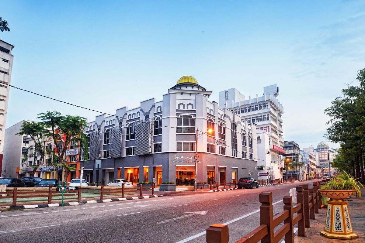 Jewels Hotel in Kota Bharu - Room Deals, Photos & Reviews