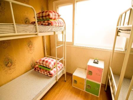 1 Person in 4-Bed Dormitory - Female Only Kimchee Hongdae Guesthouse