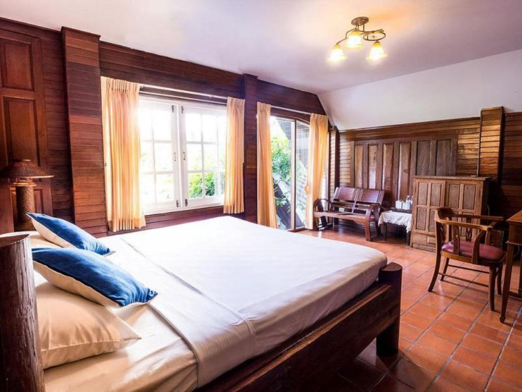 Superior Double Bed - Guestroom Sans Souci Samui