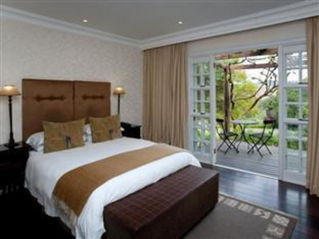 Classic Double Room - Bed The Devon Valley Hotel