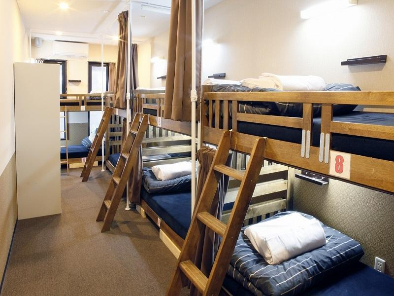 10床混合宿舍間的床位 (Bed in 10-Bed Mixed Dormitory)