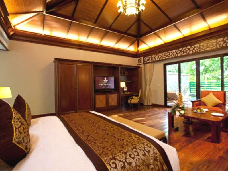 Garden View Villa with King Bed and Private Pool