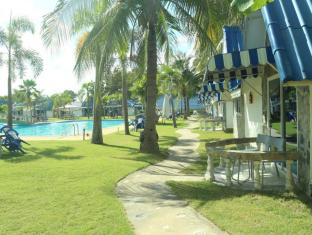 Castle Howchow Beach Resort Hotel