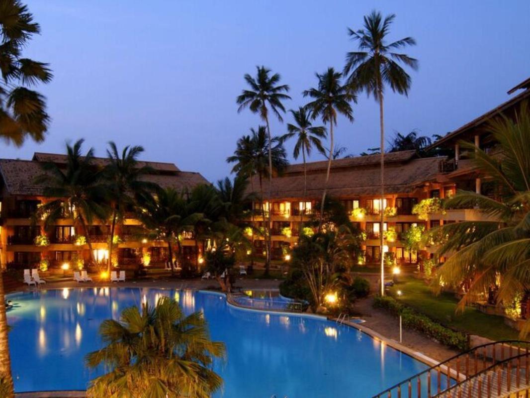 Royal Palms Beach Hotel in Wadduwa - Room Deals, Photos & Reviews